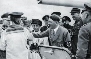 Hitler-petting-Goerings-tiger-cub